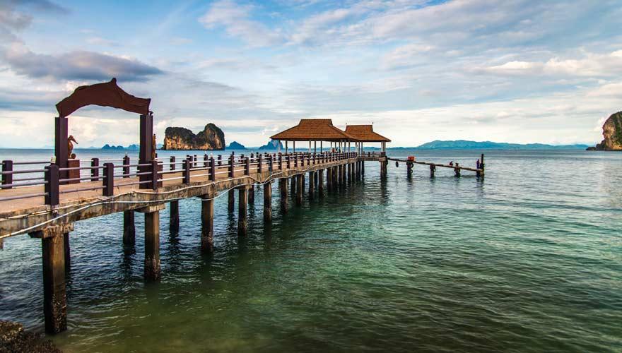 Blick auf die Andaman-See von der thailändischen Insel Koh Ngai aus