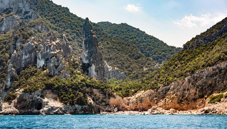 Ein herrlicher Strand erwartet euch am Cala Goloritzé auf Sardinien