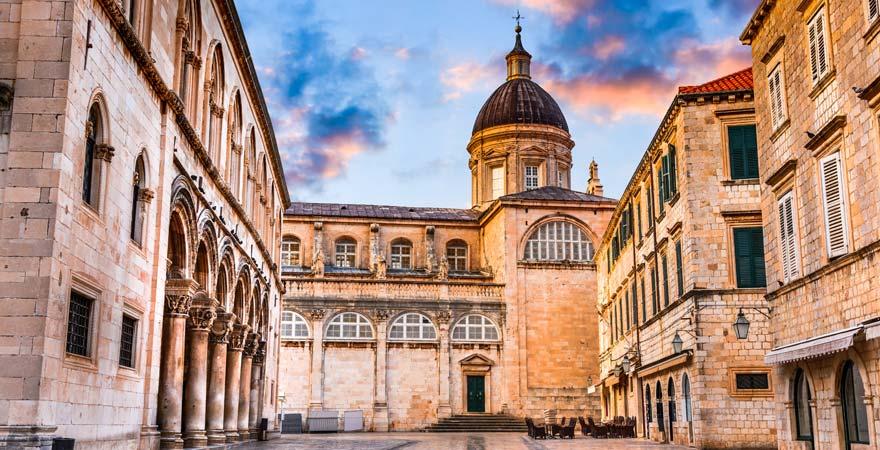 Auch von innen eine tolle Sehenswürdigkeit: die Kathedrale von Dubrovnik