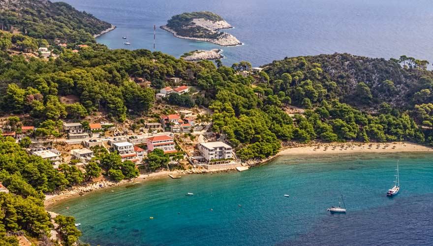Der Strand von Saplunara in der Nähe von Dubrovnik bietet ein tolles Badevergnügen