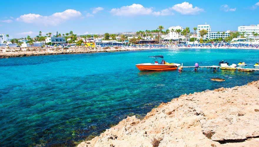 Vathia Gonia Strand auf Zypern