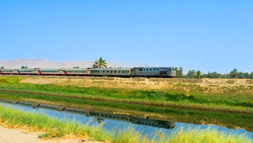Zugfahren in Ägypten