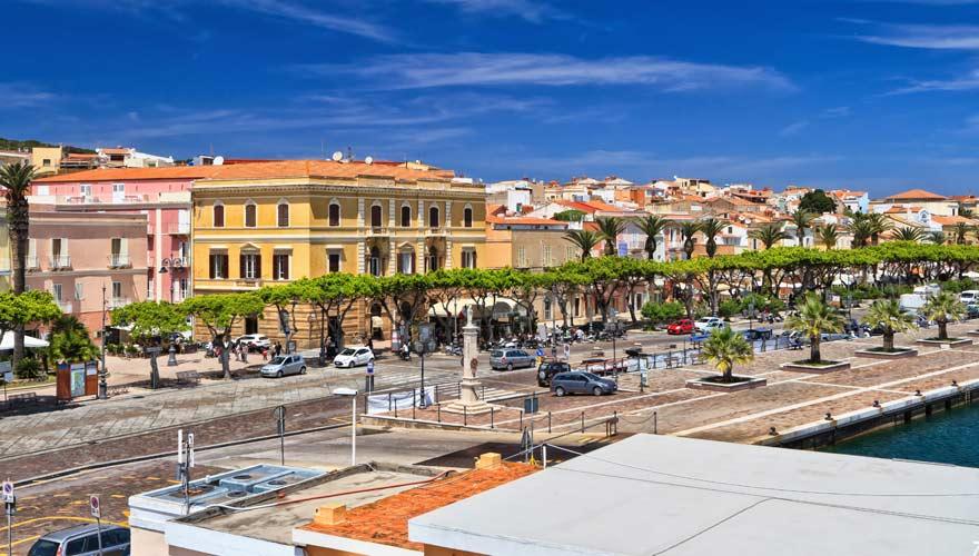 Carloforte in Sardinien ist eine tolle Sehenswürdigkeit