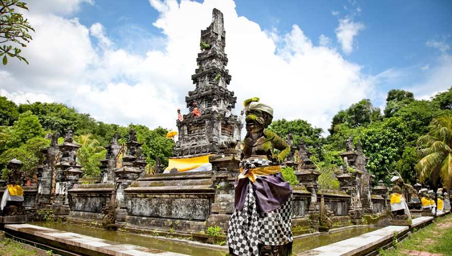 Der Pura Jagatnatha Tempel ist eine bedeutende Sehenswürdigkeit in Denpasar
