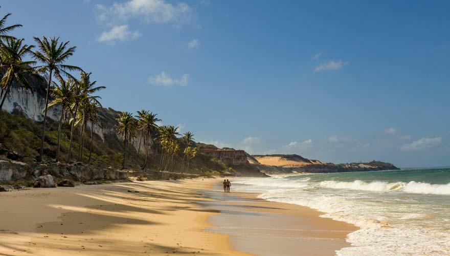 Pipa Beach in der Nähe von Rio in Brasilien zählt zu den günstigen Reisezielen
