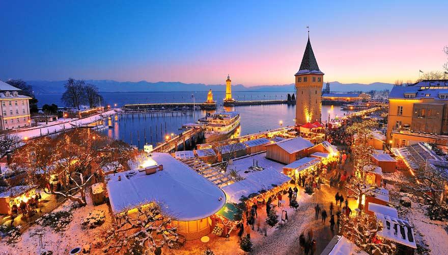 Die Lindauer Hafenweihnacht ist einer der schönsten Weihnachtsmärkte in Bayern