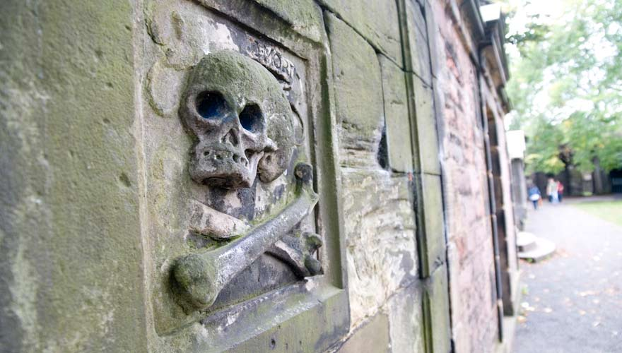 Der Greyfriars Kirkyard ist ein gruseliger Ort in Edinburgh