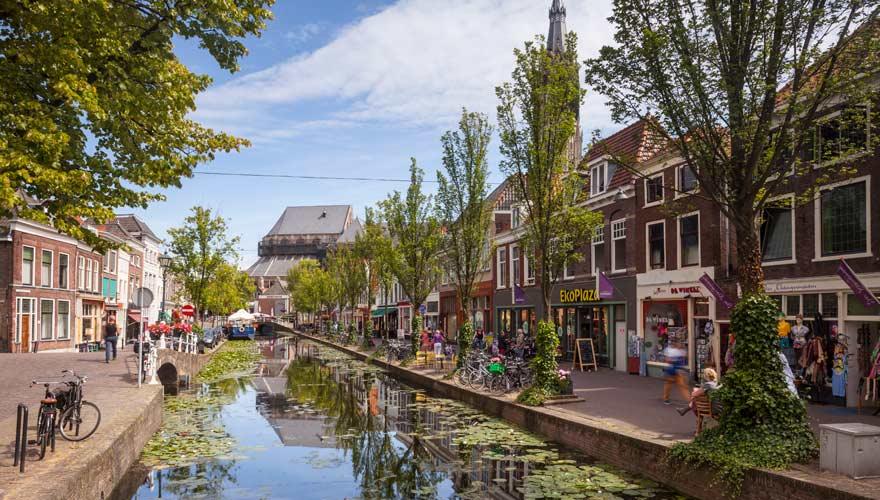 Delft in den Niederlanden ist ein kunsthistorisches Zentrum