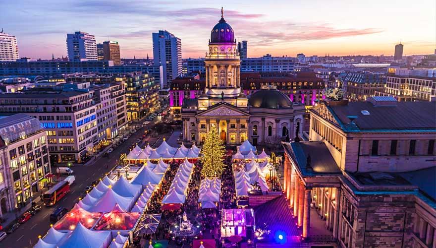Weihnachtszauber am Gendarmenmarkt in Berlin