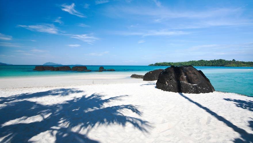 Strand auf der thailändischen Insel Koh Kham