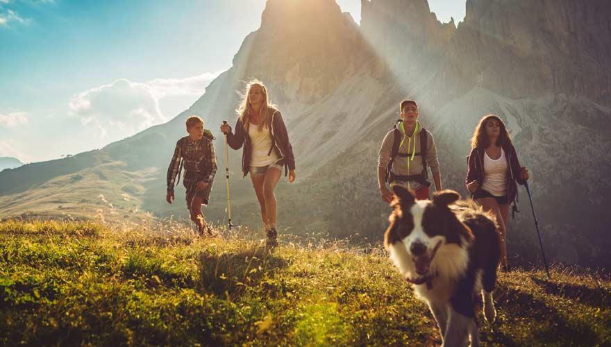 Typisch für Österreicher ist die Liebe zur Natur - und zum Wandern
