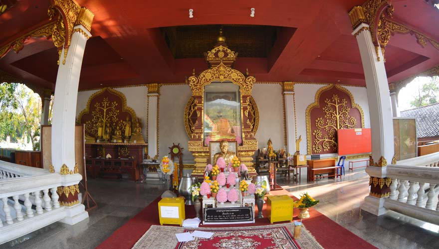 Wat Kunaram auf Koh Samui mit der legendären Mönchmumie