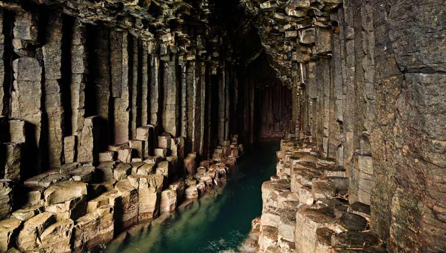 Fingal's Cave in Schottland - ein wahrhaft mystischer Ort