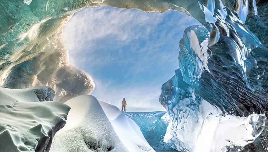 Eishöhlen im Vatnajökull Gletscher auf Island