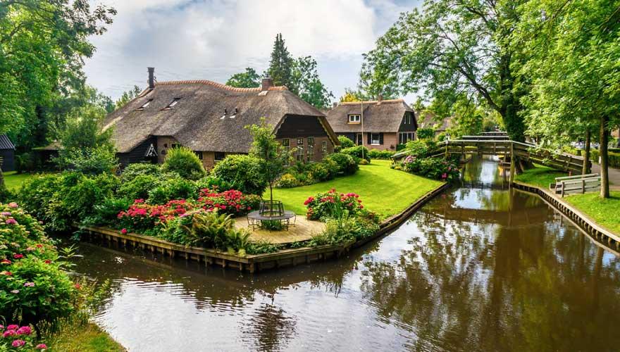"""Giethoorn, das """"Venedig der Niederlande"""" - ein ganz besonderes Reiseziel"""
