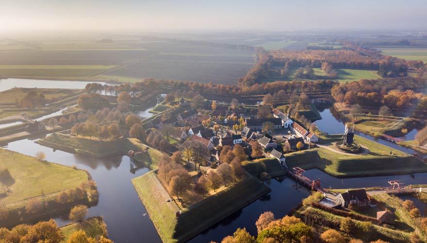 Festungsdorf Bourtange in der Urlaubsregion Groningen in den Niederlanden