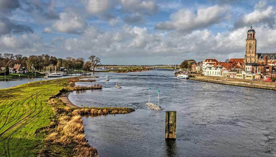 Die historische Hansestadt Deventer in den Niederlanden