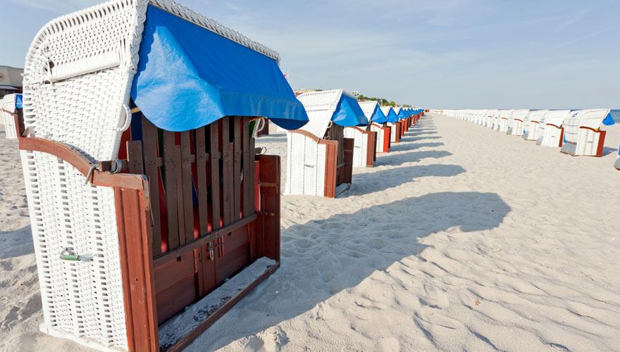 Görmitz wartet mit pittoresken Strandkörben auf euch