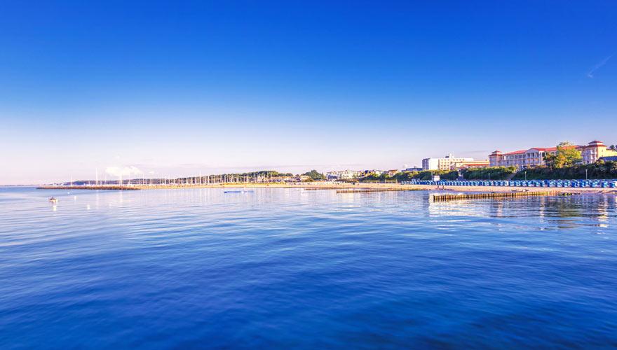 Strandpanorama von Kühlungsborn an der Ostsee