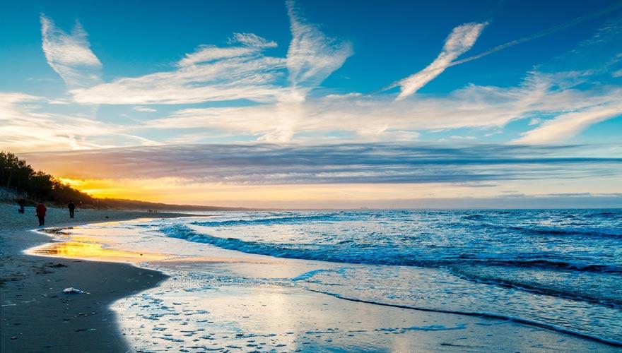 Strand von Misdroy an der Ostsee zum Sonnenuntergang