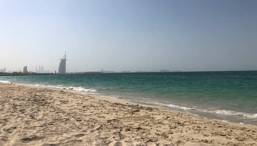 Strand von Kite Beach in Dubai