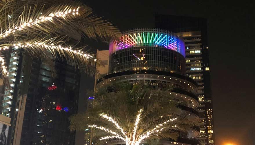 Hochhaus von Pier 7 an der Dubai Marina