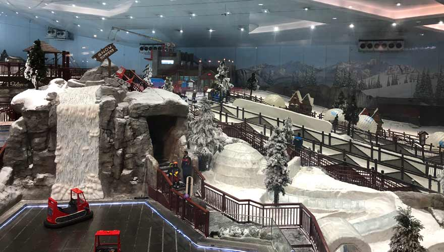 Skihalle in The Emirates Mall