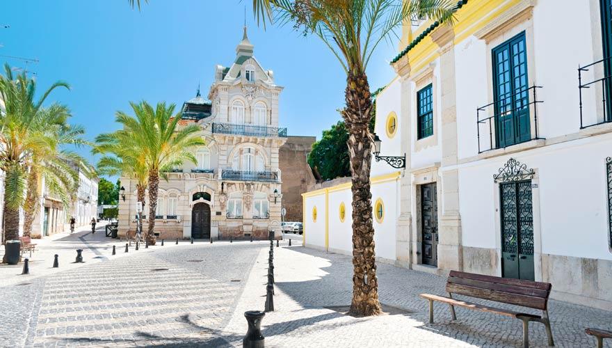 Typische Straße in Faro
