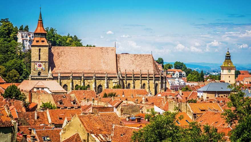 Ein Städtetip in Rumänien ist die mittelalterliche Stadt Brasov (Kronstadt)