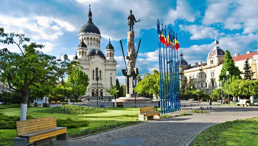 Piața Avram Iancu in Cluj-Napoca in Rumänien - eine sehr schöne Stadt