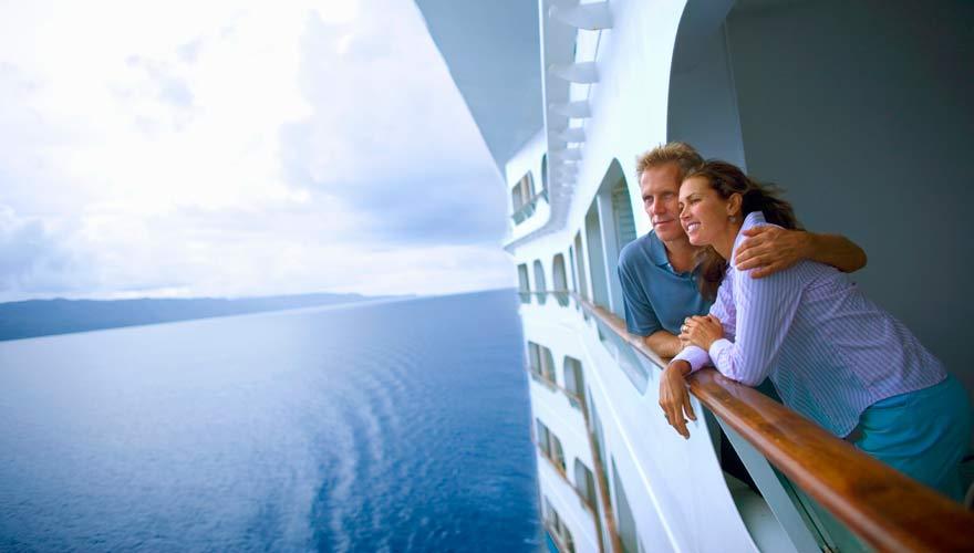 Außenkabine in einem Kreuzfahrtschiff mit Meerblick
