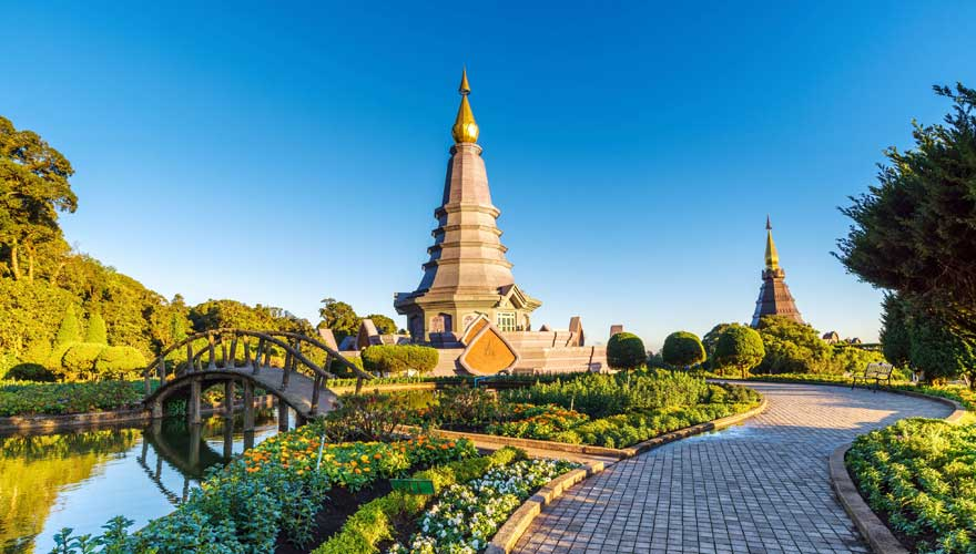 Chedis im Doi Inthanon Nationalpark in Chiang Mai