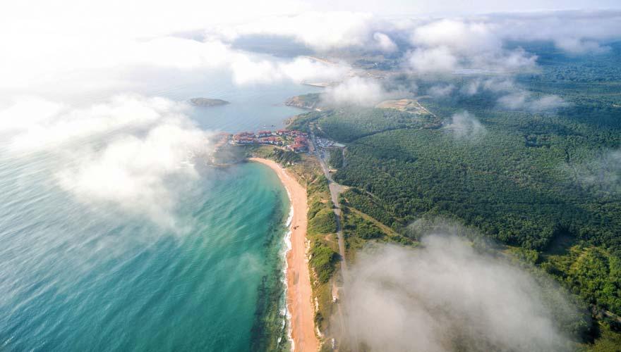 Luftbild von der Küste Goldstrand in Bulgarien