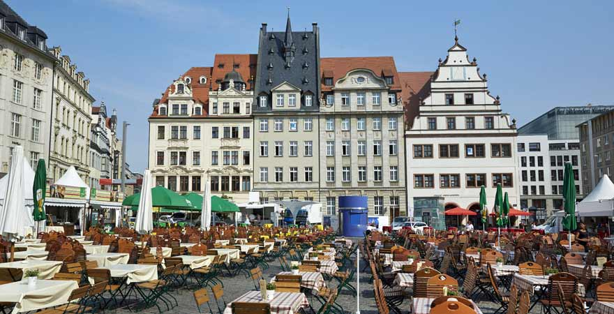 Cafes und Restaurants auf dem Marktplatz von Leipzig