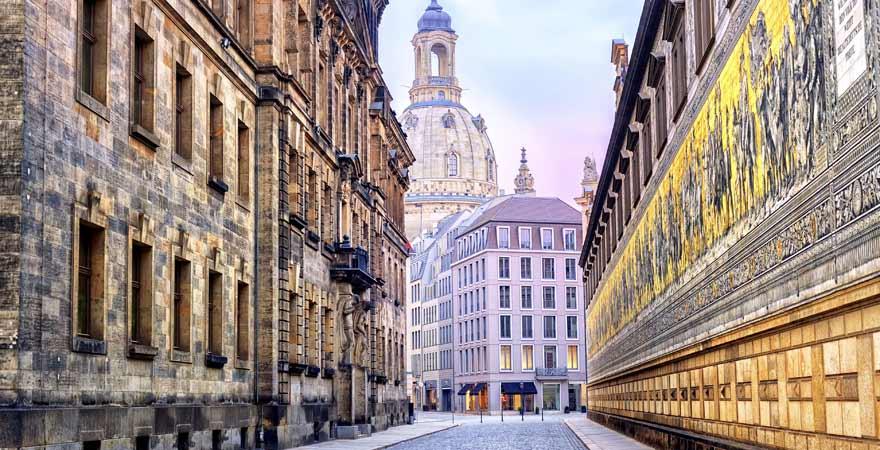 Fürstenzug und Frauenkirche in Dresden