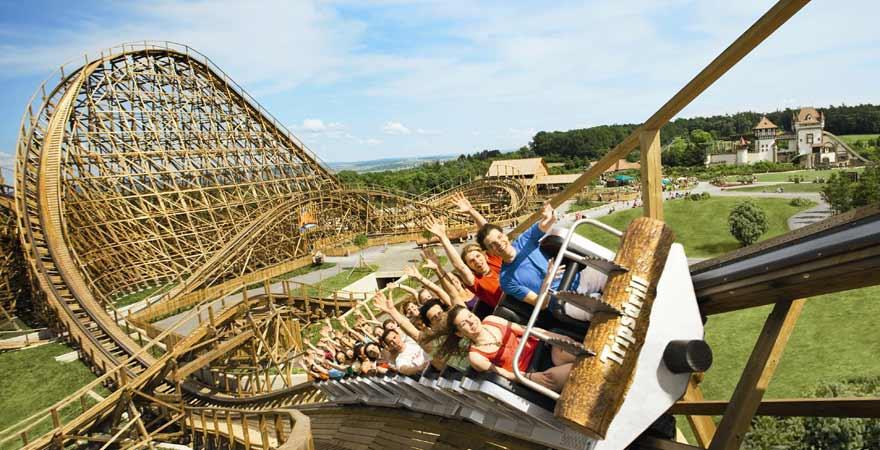 Holzachterbahn Mammut in Tripsdrill