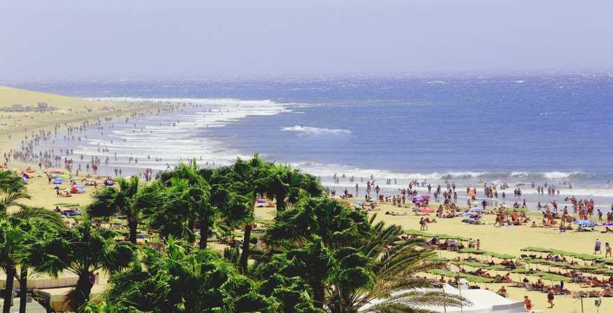 langezogener Strand von Maspalomas