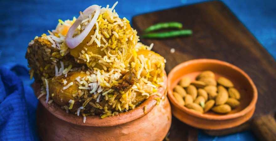 Typisch indisches Reisgericht Biriyani