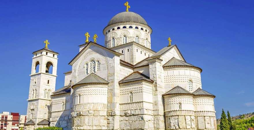 Die orthodoxe kathedrale von Podgorica in Montenegro