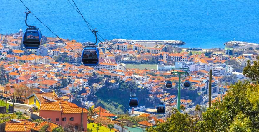 Die Seilbahn zwischen der Altstadt von Funchal und Monte auf Madeira Portugal