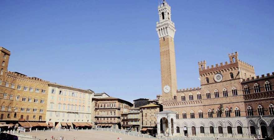 Die zentrale Piazza in Siena
