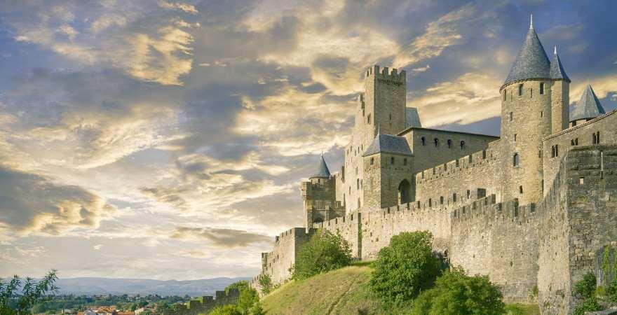Blick auf die Stadtmauer von Carcassonne